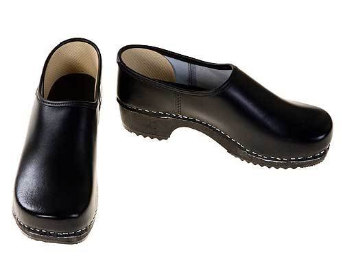 Clogs closed black / black sole
