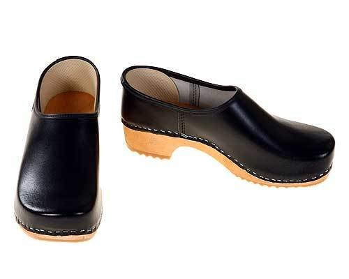 Clogs closed black / bright sole