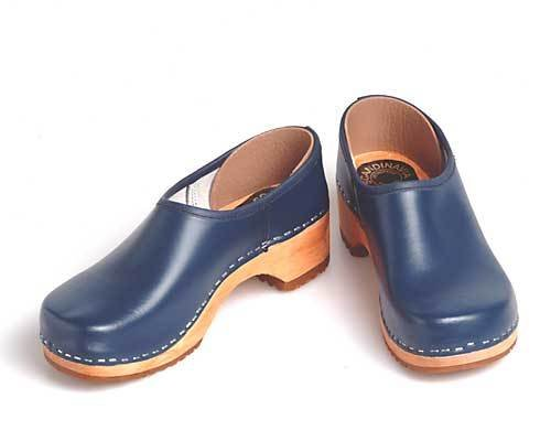 Clogs closed blue