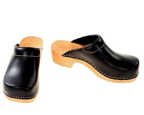 Wooden clogs black / bright sole with pad