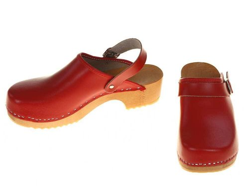 Wooden clogs red with turnable strap
