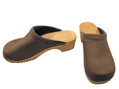 Nubuk leather Clogs brown
