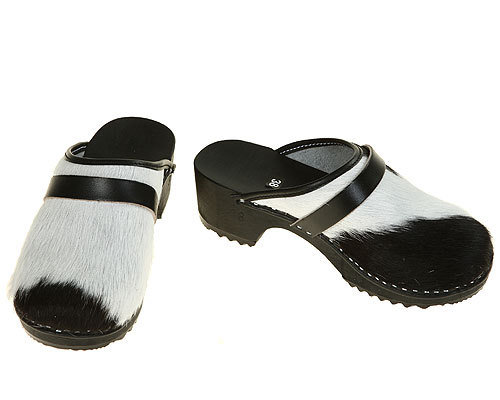 Classic Cow fur Clogs black-white