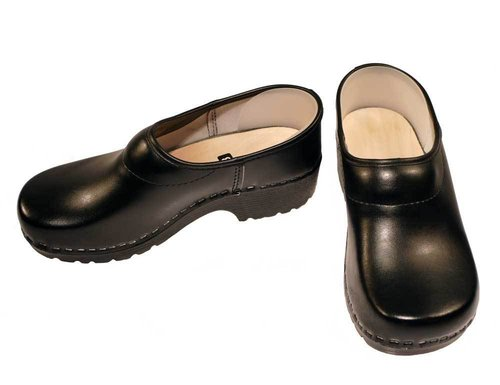 Soft Clog closed black