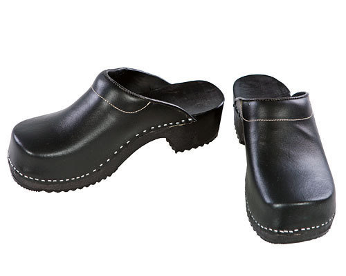 Wooden clogs black / black sole with pad