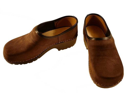 Soft Clog closed nubuk leather