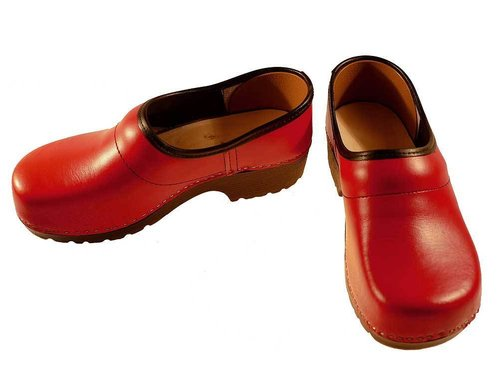 Soft Clog closed red