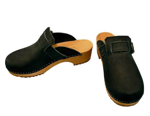 Nubuk leather Clogs with buckle black