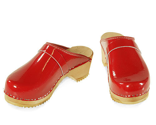 Single Pair - Patent leather Clogs red, size 35